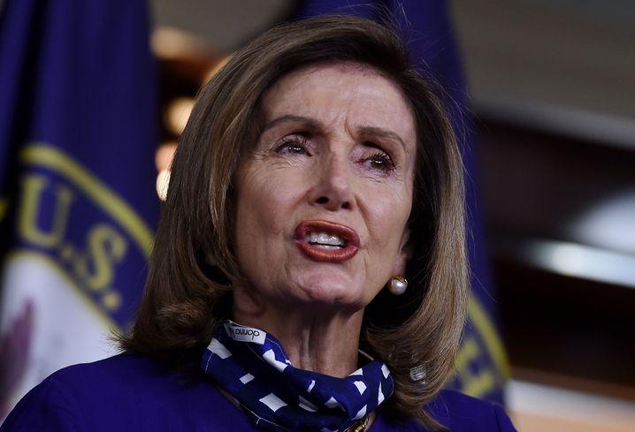 """Nancy Pelosi sieht """"gravierende Meinungsverschiedenheiten"""" zwischen Demokraten und Republikanern bei der Einigung auf ein neues Corona-Hilfspaket"""