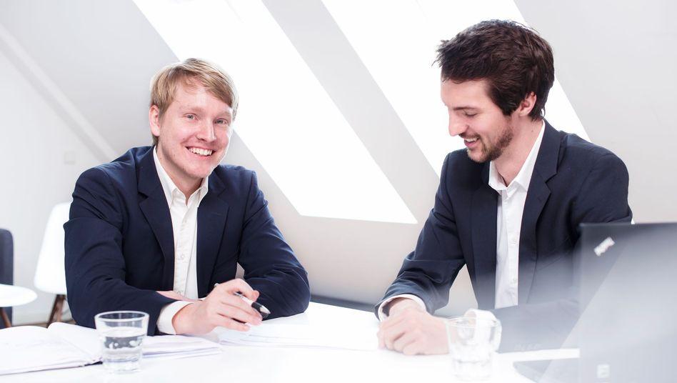 Berater als Vermittler: Comatch-Gründer Christoph Hardt (links) und Jan Schächtele