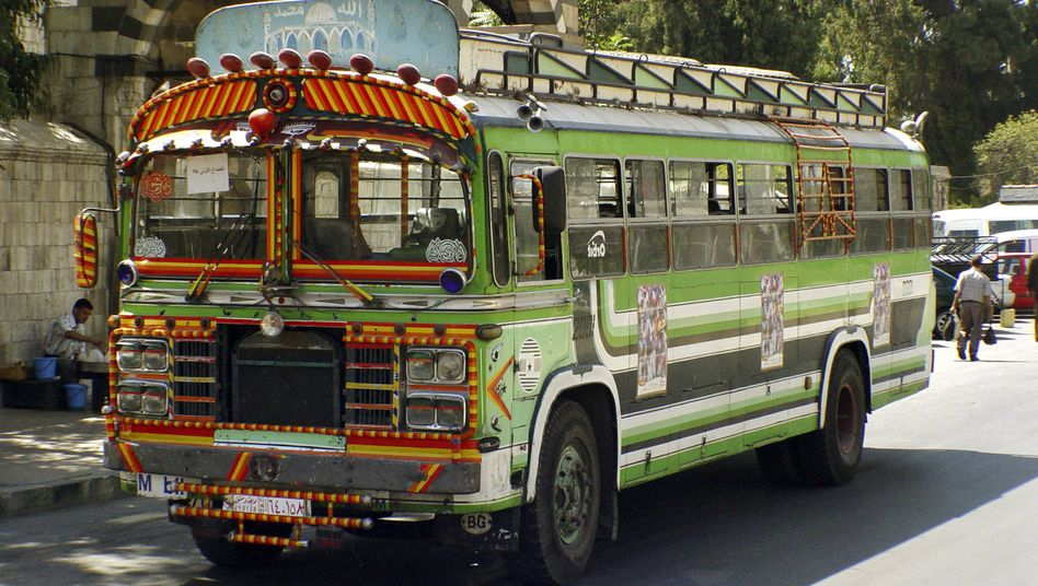 Bunt bemalter Autobus in Damaskus: »Der Busfahrer fühlt sich wie ein kleiner König«