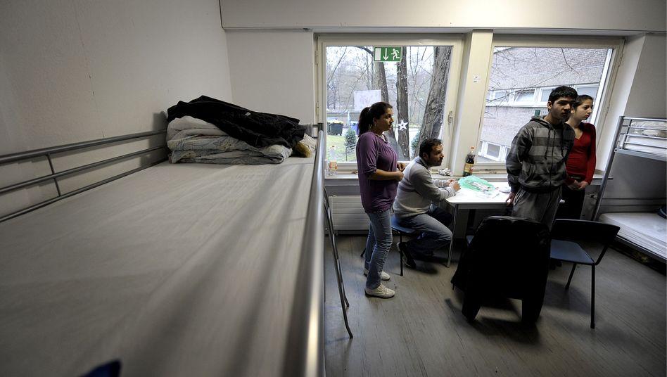 Erstaufnahmeeinrichtung in Dortmund: Mitglieder einer Roma-Familie
