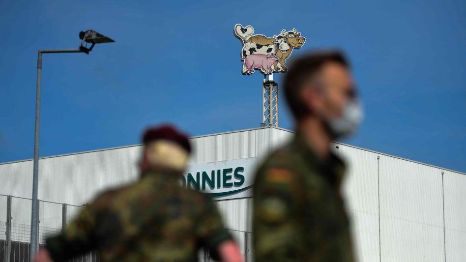 Bundeswehrsoldaten bei Tönnies: für Corona-Tests angefordert