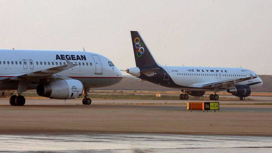 Flugzeug der Aegean-Fluggesellschaft in Athen (Archiv): Entschuldigung der Airline