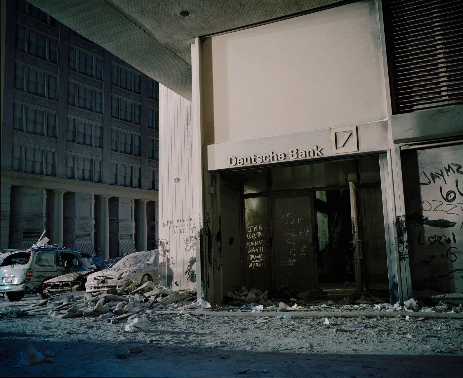Deutsche Bank entrance NYC