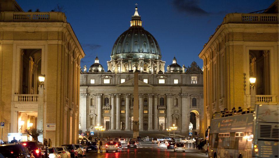 Petersdom: Kirchenfürsten stemmen sich gegen gleichgeschlechtliche Ehe