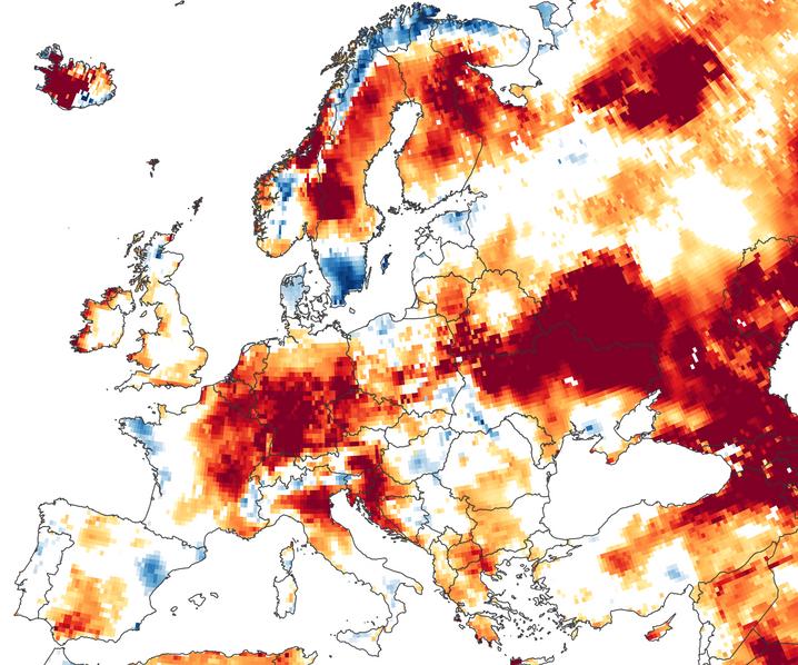 Europakarte der Bodenfeuchtigkeit in Wurzelnähe von Pflanzen: Die Erde kann durch Regenschauer schnell durchnässt werden aber auch schnell trocken fallen.