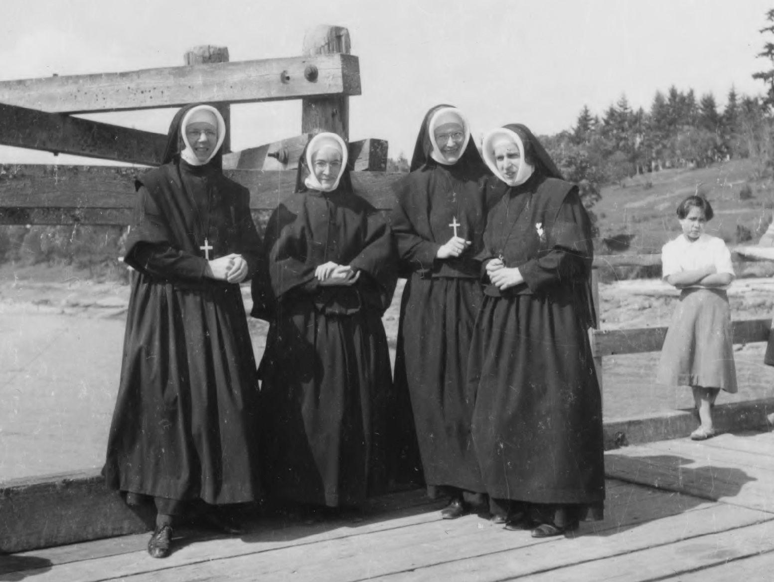 Schwestern von Kuper Island (BC)