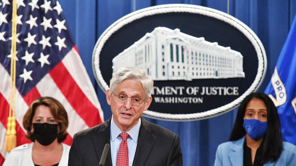 »Das Justizministerium hat die Pflicht, die Verfassung der Vereinigten Staaten zu verteidigen«, sagte Garland