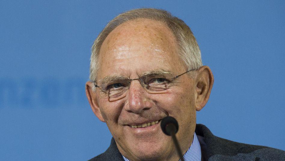 Finanzminister Wolfgang Schäuble: Überschuss fast verdoppelt