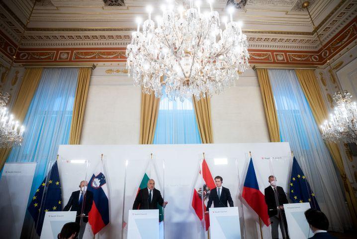 Österreichs Kanzler mit Kollegen aus Slowenien, Bulgarien, Tschechien am Dienstag in Wien: Allianz der zu Kurz Gekommenen