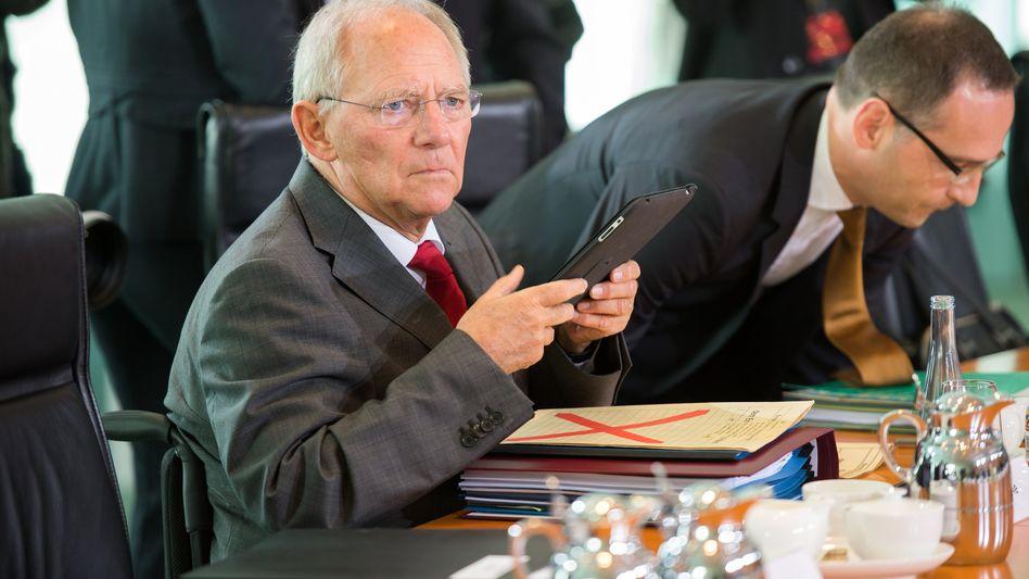 Bundesfinanzminister Schäuble: Kollege Computer soll Steuererklärungen prüfen
