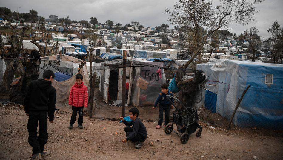 Kinder im Flüchtlingslager Moria auf Lesbos (Foto vom 5. März)
