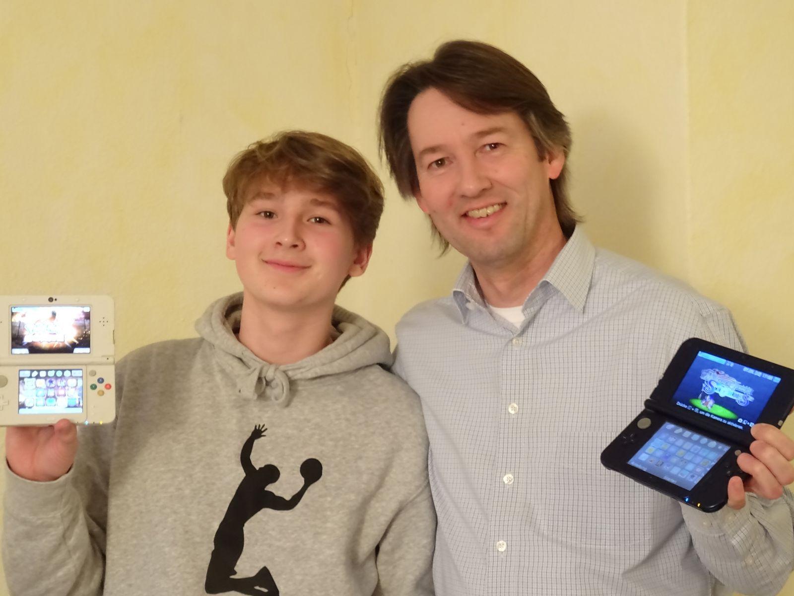 Netzwelt/ Zockende Eltern/ Thomas und Benjamin Haaks