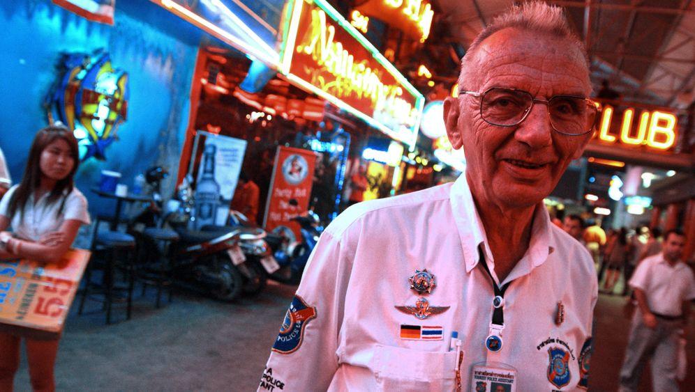 Pattaya: Ordnungshüter im Rotlichtviertel