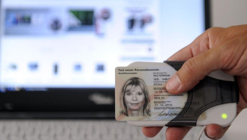 Der sogenannte elektronische Personalausweis: Nicht so sicher wie versprochen?