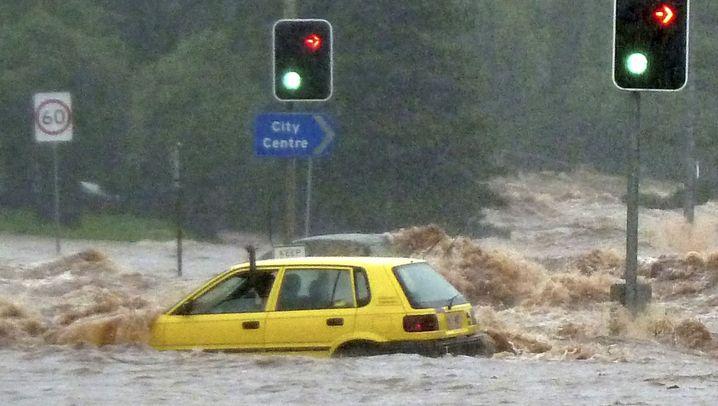 Sturzflut in Toowoomba: Meterhohe Wasserwand