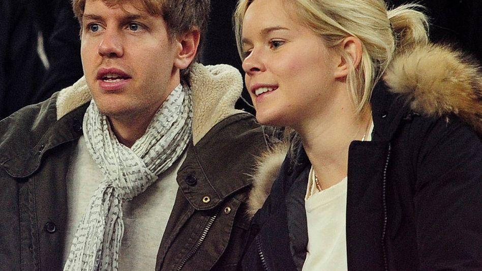 Sebastian Vettel und seine langjährige Freundin und jetzt Ehefrau Hanna auf einer Aufnahme aus dem Jahr 2012.