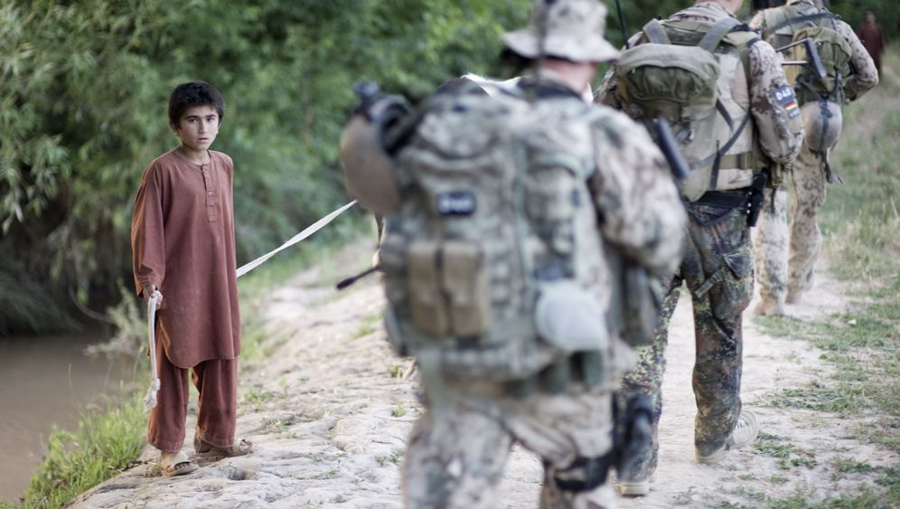 ISAF-Truppen in Afghanistan: Tausende Soldaten werden abgezogen