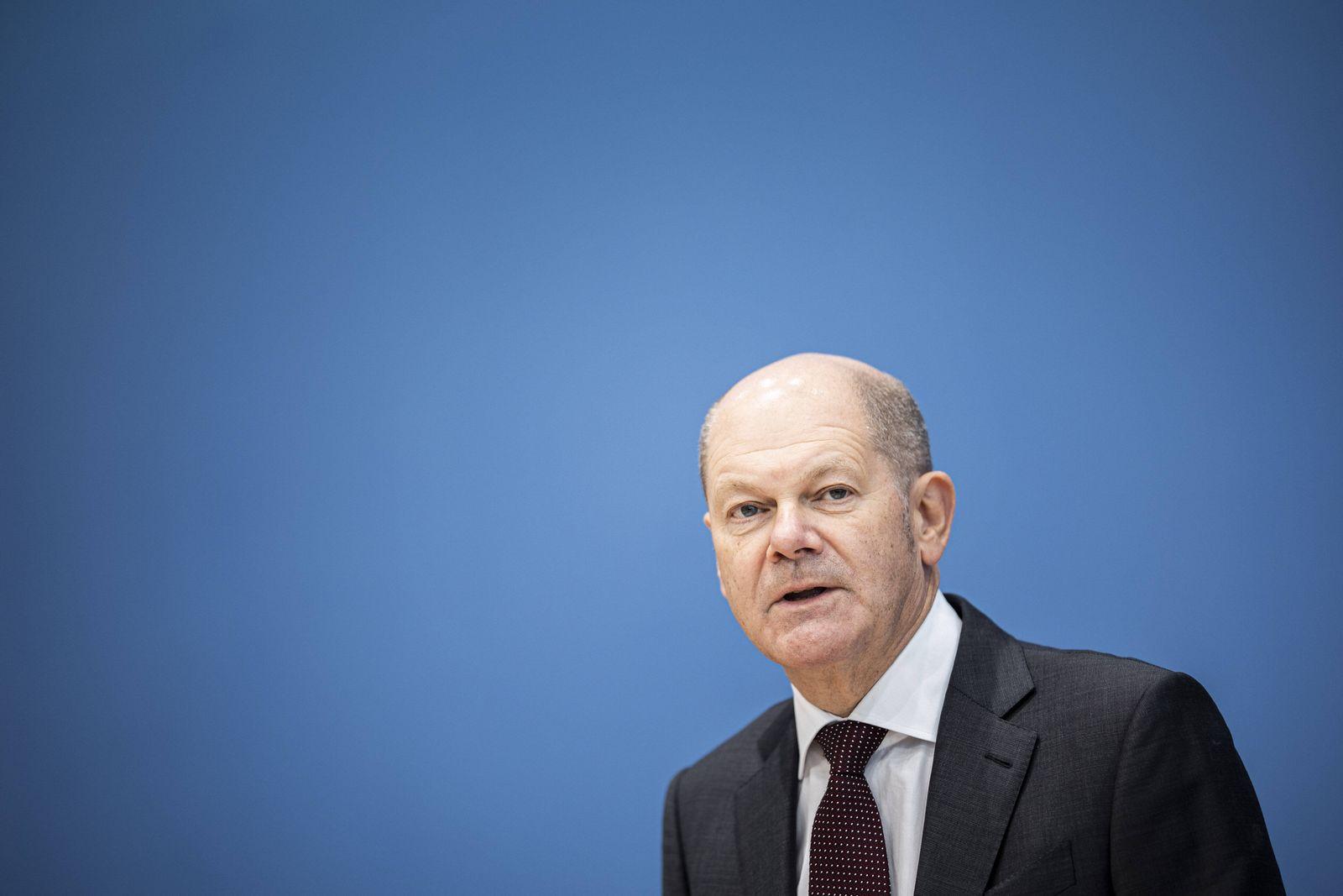 Olaf Scholz, Bundesminister der Finanzen, aufgenommen im Rahmen der Pressekonferenz zum Thema Neue Corona-Hilfen: Stark