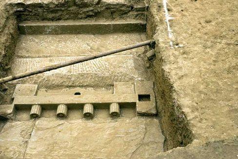 Ming-Grab in Peking: Beim Bau von Anlagen für die Olympischen Spiele wurde diese alte Kultstätte gefunden