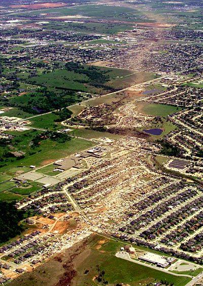 Moore in Oklahoma: Wie eine Dampfwalze zog der Tornado durch die Stadt.