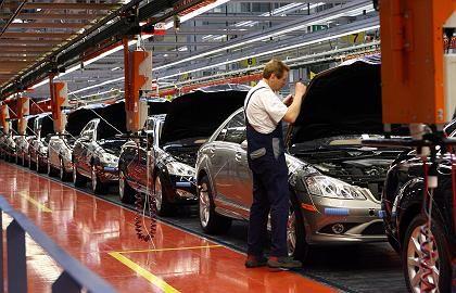 S-Klasse-Produktion: Hoher Flottenverbrauch führt zu Rekordstrafe.