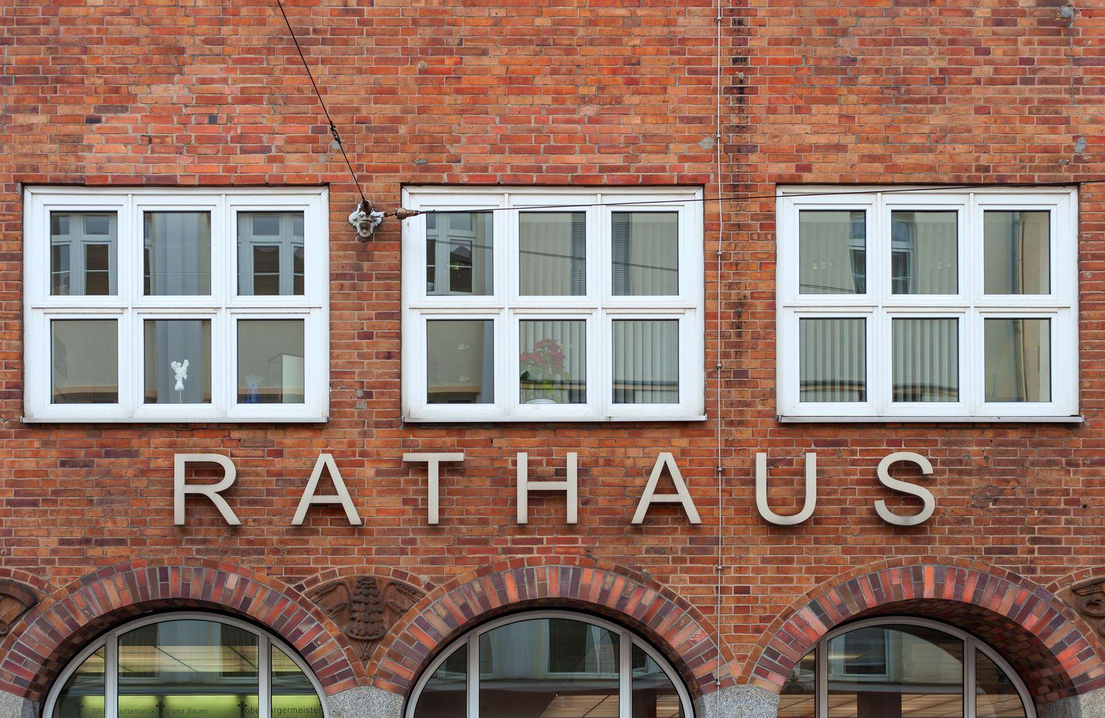 EINMALIGE VERWENDUNG Rathaus Cottbus