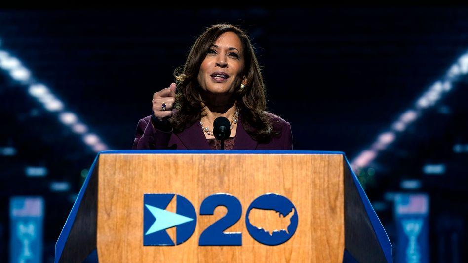 Kamala Harris hielt ihre Rede in einer Halle in Wilmington, Delaware, vor wenigen Zuschauern