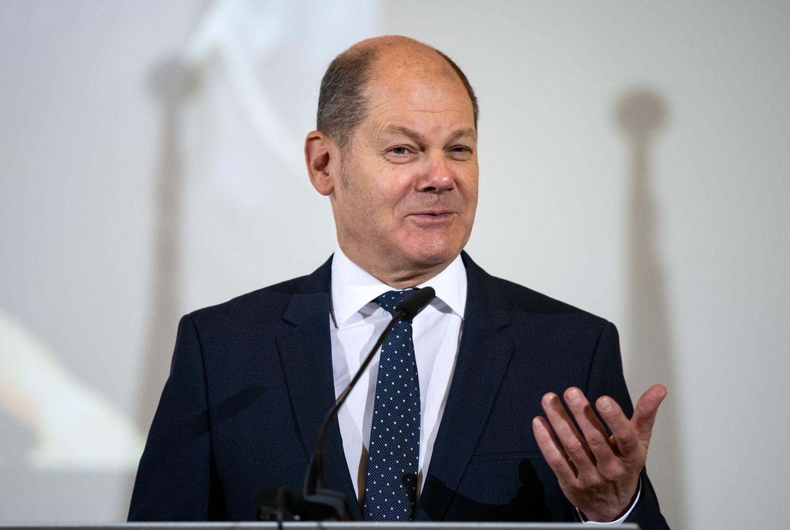 Bundesfinanzminister Scholz präsentiert die Zollbilanz