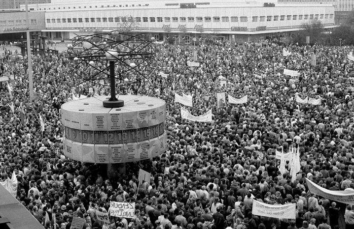 Glasnost statt Süßmost: Die Demonstration vom 4. November 1989