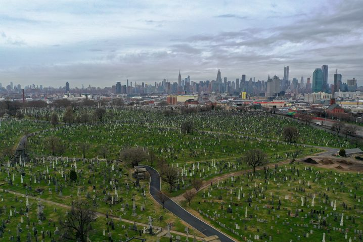 """A cemetery in New York: """"Even if I can start working again someday, what will become of Broadway?"""""""