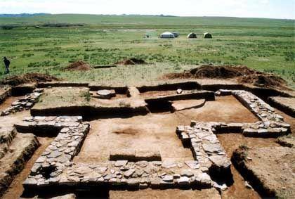 Fundamente eines Mausoleums bei Dschingis Khans Palast: Forscher wollen das Grab des Herrschers finden