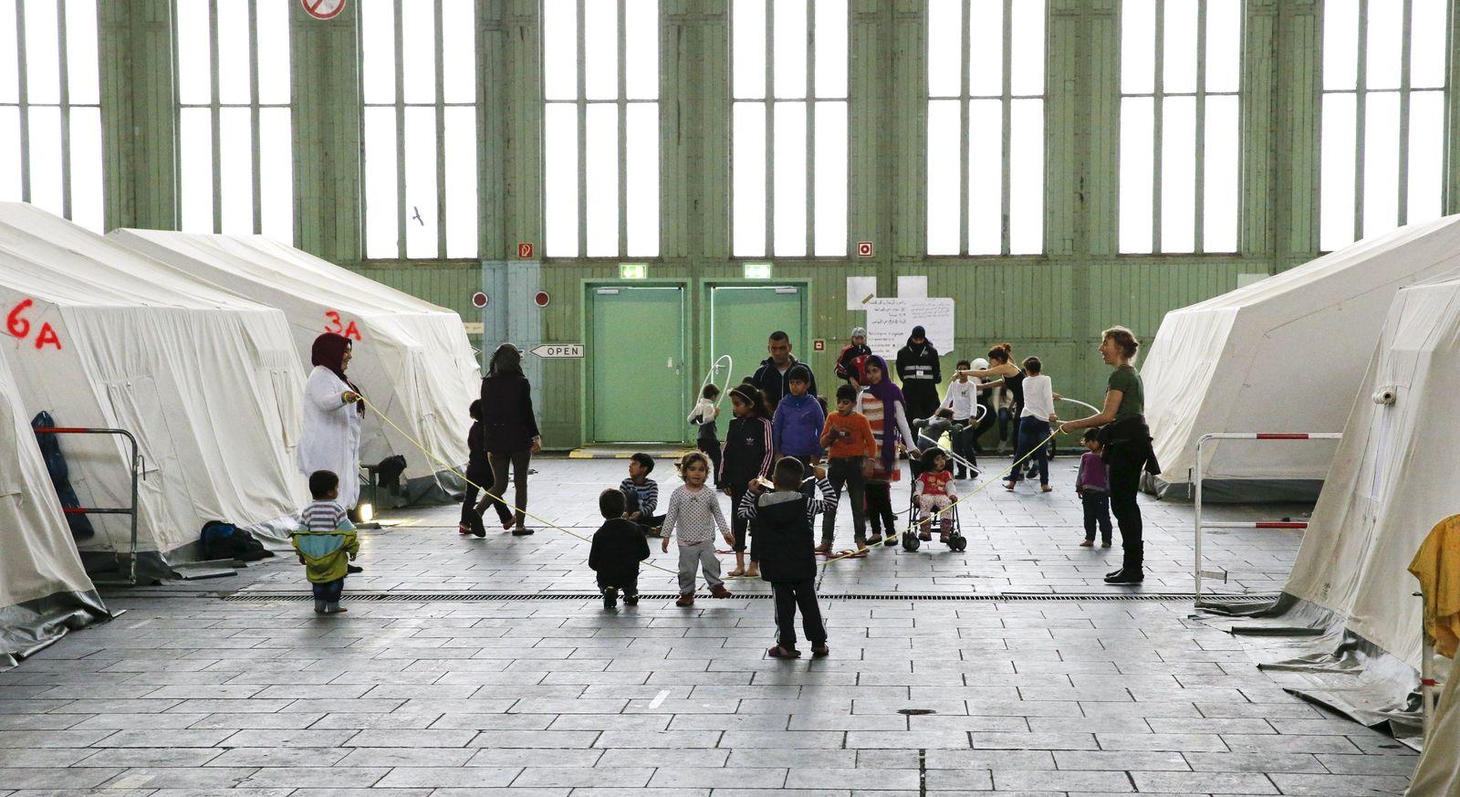 Flüchtlinge/ Tempelhof
