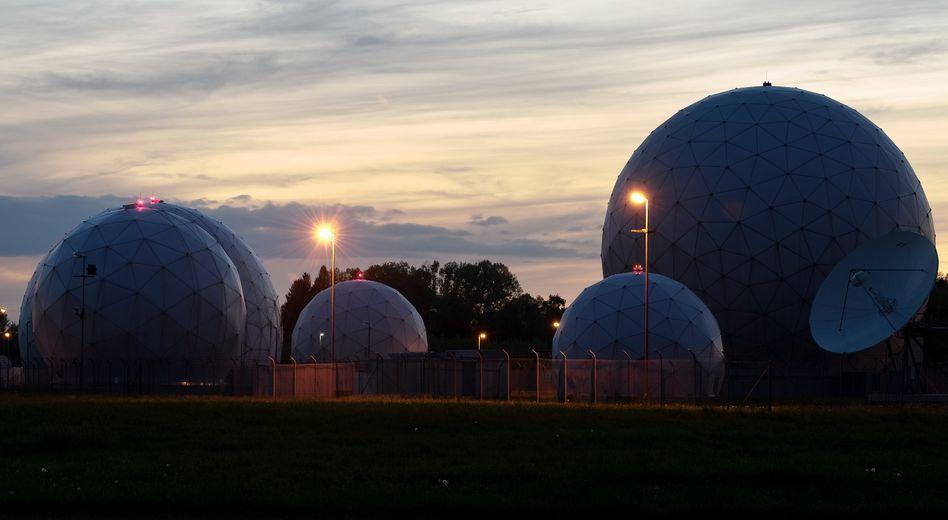 BND-Abhörstation im bayerischen Bad Aibling: Der Auslandsgeheimdienst nutze jahrelang mehrere Tausend hoch problematische Suchbegriffe