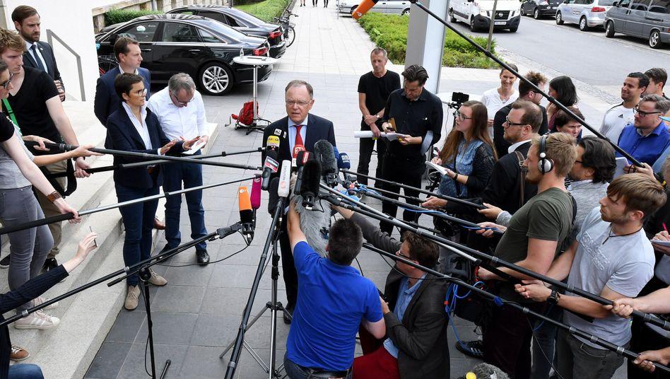 Stephan Weil, SPD-Ministerpräsident, will am 24. September wählen lassen