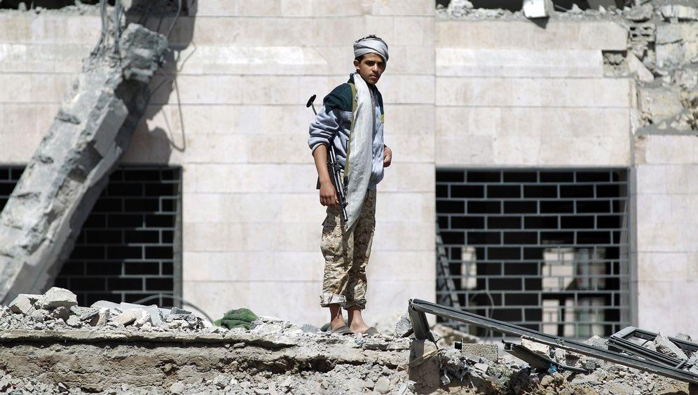 Jemen: Angriff auf Huthi-Stellungen in Sanaa