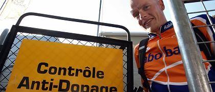 Rasmussen (bei Dopingkontrolle am Donnerstag): Im Juni suspendiert