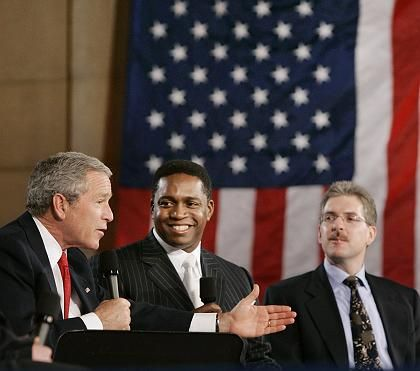 """Bush bei Diskussion über Rentenreform: """"Der härteste innenpolitische Streit, den der Präsident je angezettelt hat"""""""