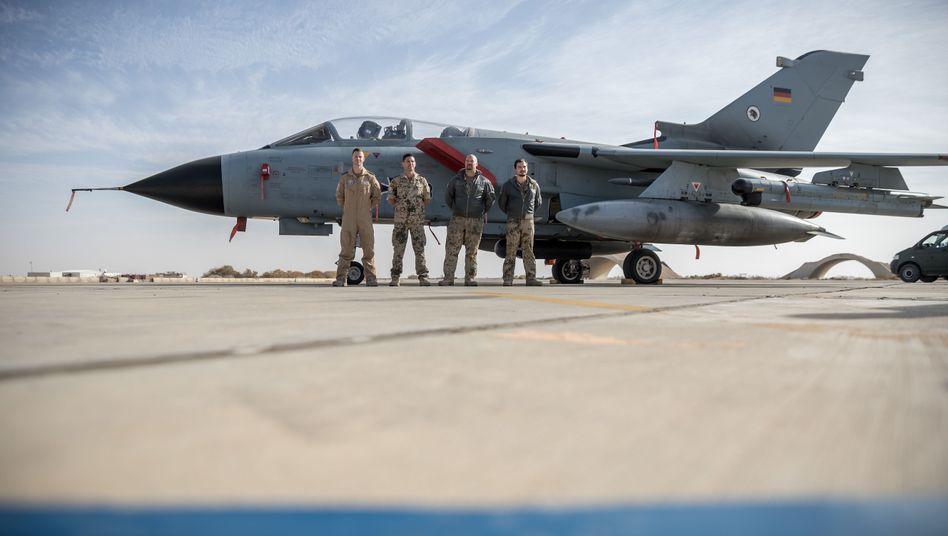 Umstrittene Jordanien-Mission: Deutsche Soldaten auf der Airbase in Al-Asrak