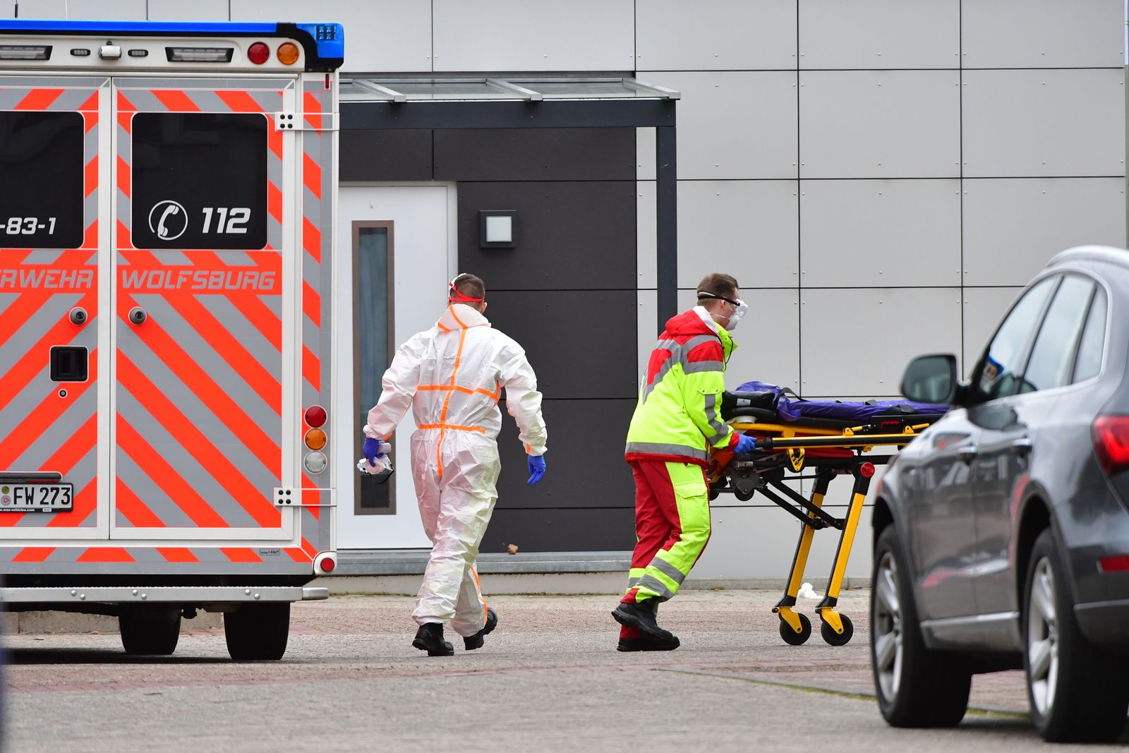 12 Dead At Wolfsburg Senior Care Home Hit By Covid-19 Infections