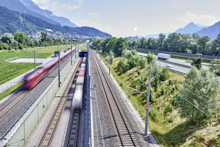 Unterinntalbahn bei Jenbach