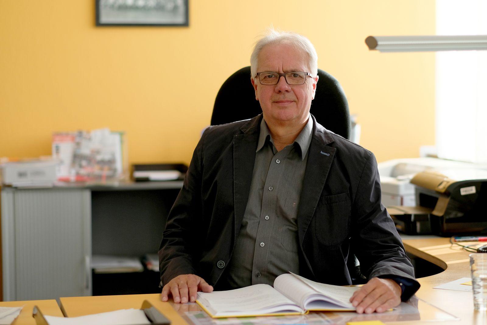 Hartwig Hillebrand/ Schulleiter