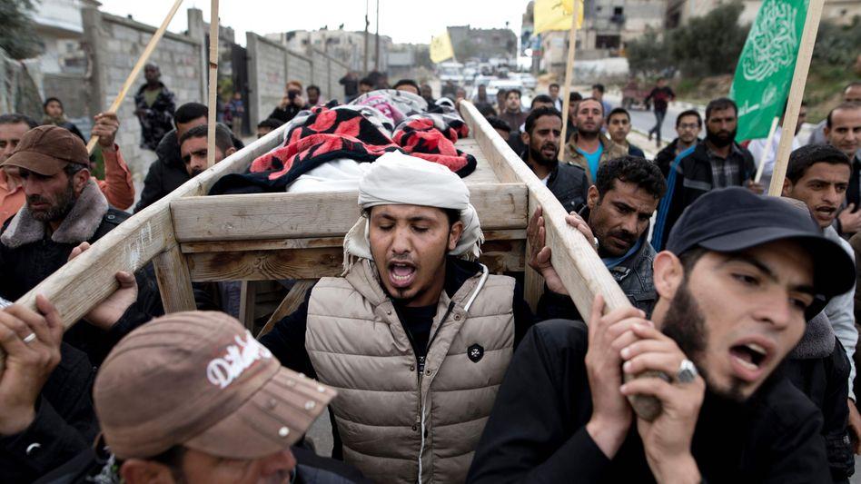 Trauer um das sechsjährige Mädchen: Israel gibt Hamas die Schuld