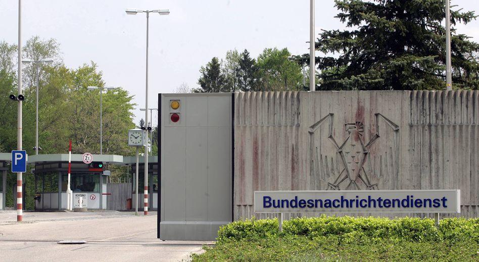 """BND-Zentrale in Pullach: """"Knallhart und unmittelbar"""""""