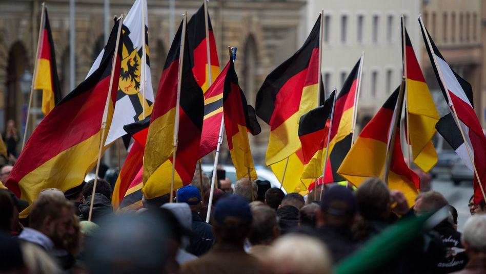 Kundgebung von Rechtsextremisten in Bautzen