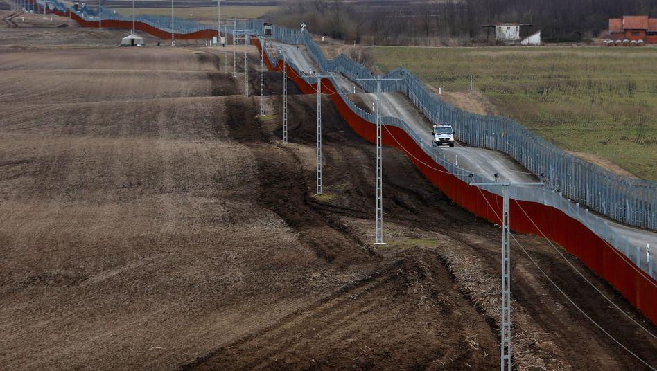 Ungarische Grenzanlage zu Serbien