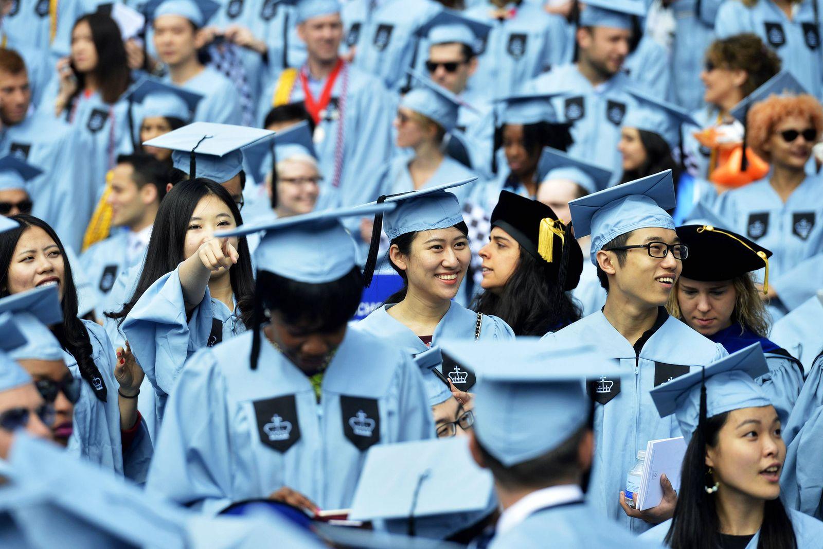 EINMALIGE VERWENDUNG Chinesische Studenten in New York