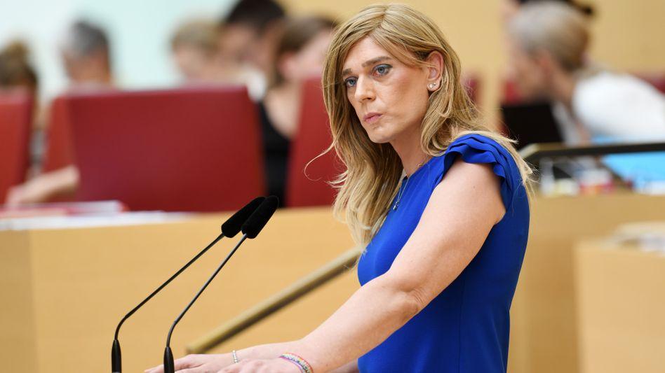 """Ganserer im Bayerischen Landtag: """"Ich werde nicht einen Richter darüber entscheiden lassen, ob ich der Mensch sein darf, der ich bin"""""""