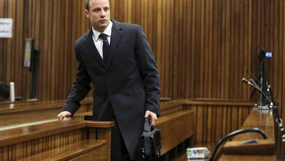 """Pistorius im Gerichtssaal: """"Neben meinem Fuß war ein Loch im Fußboden"""""""