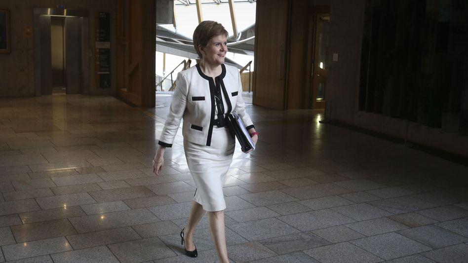 Die Erste Ministerin Schottlands ist Johnsons Gegenspielerin