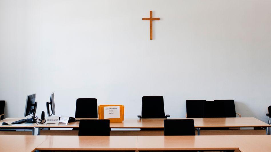 Gerichtssaal im Justizpalast München:Verhandeln, pausieren?